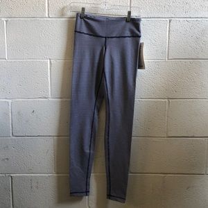 Lululemon navy & white Wunder under pant sz 4 NWT